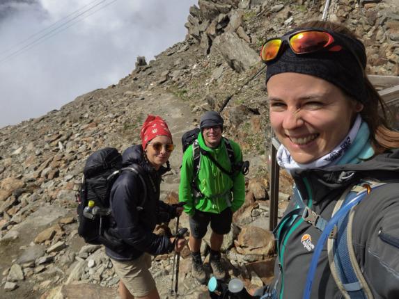 Vor dem Abstieg von der Similaunhütte